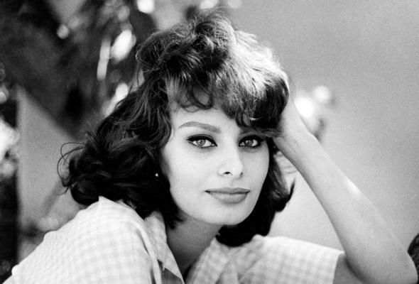 A atriz italiana, em vias de fazer 79 anos, foi uma das mais belas do cinema