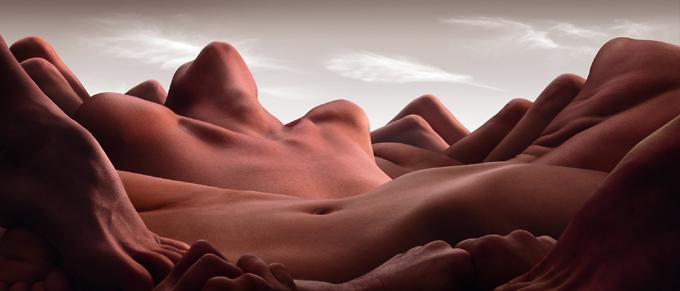 Resultado de imagem para corpos nus na cama