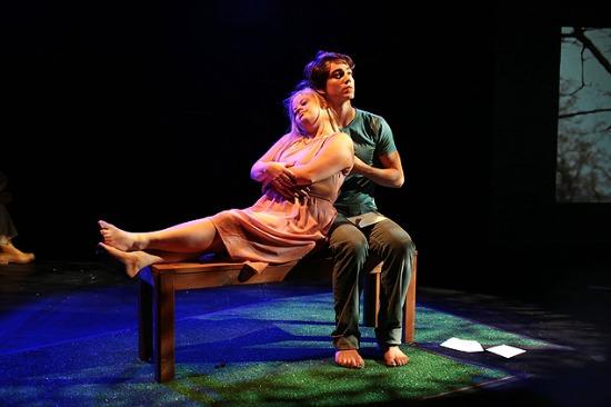 Menina dos Meus Olhos, peça escrita e encenada por Tathiana Piancastelli