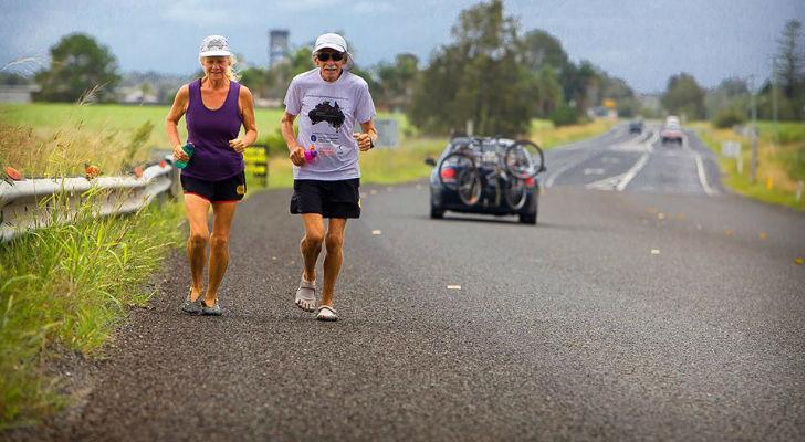 Alan e Janette percorreram 15.782 km em torno da Austrália, correndo todos os dias de 2013