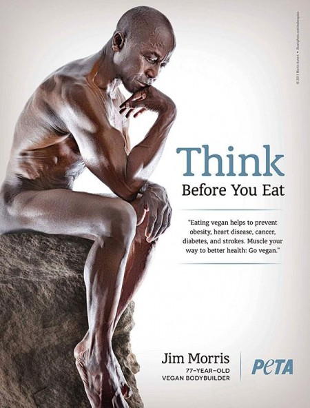 Ele é um vegano, não come  carne de espécie alguma. Só frutas, legumes, grãos