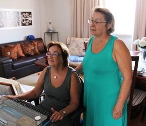 Como ajudar pais e avós a se virar na internet