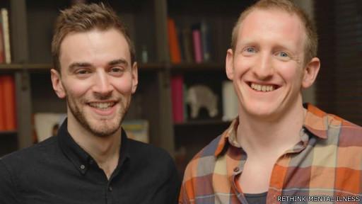 Jonny com Neil, o homem que o convenceu a não se suicidar