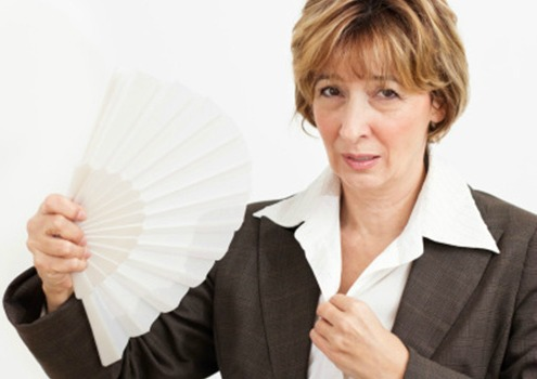 O fogacho afeta muitas das mulheres na menopausa