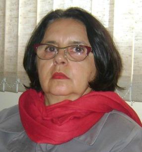 A autora, Elzira Divina Perpétua