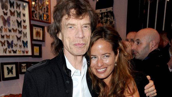 Com a filha Jade, 42, que  está grávida do terceiro filho
