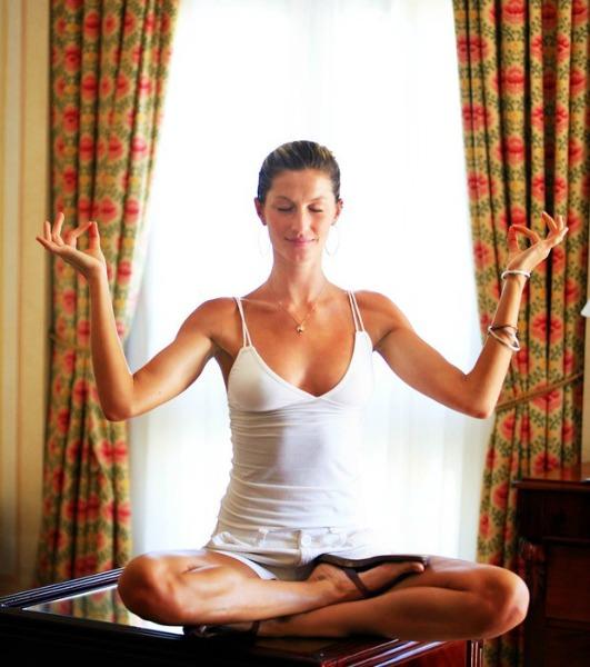 Gisele Bündchen é uma das que aderiram à meditação