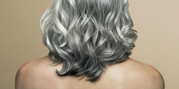 Com o passar do tempo, os cabelos vão mudando e pedem mais cuidados