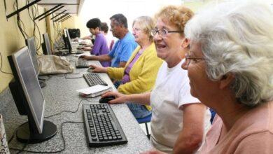 Foto de Comércio pela internet : falta atender a 3ª idade