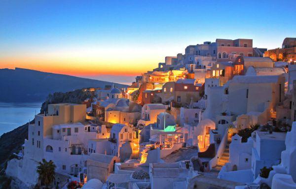 Ikaria, a ilha grega onde é comum as pessoas viveram   mais de 100 anos ativas