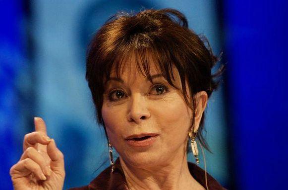 A escritora chilena está com 71 anos de idade