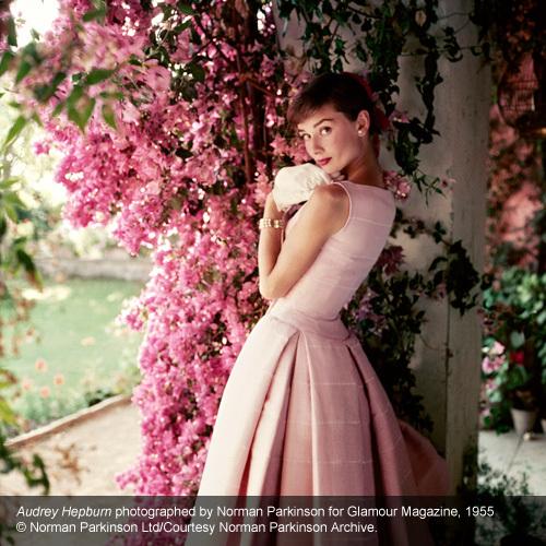 A atriz Audrey Hepburn é tema de uma grande exposição em Londres