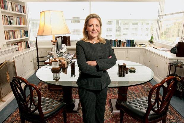 """Dra. Priscila  é conhecida no Brasil como a """"Rainha do Divórcio"""""""