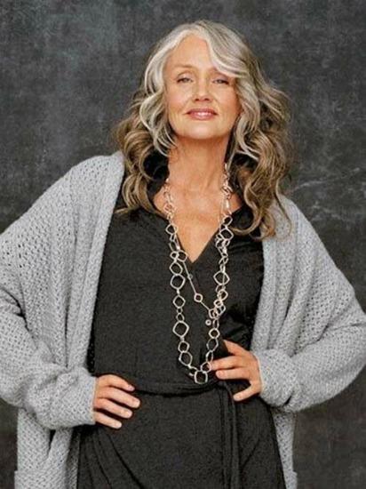 Ela começou a trabalhar como modelo aos 49 anos
