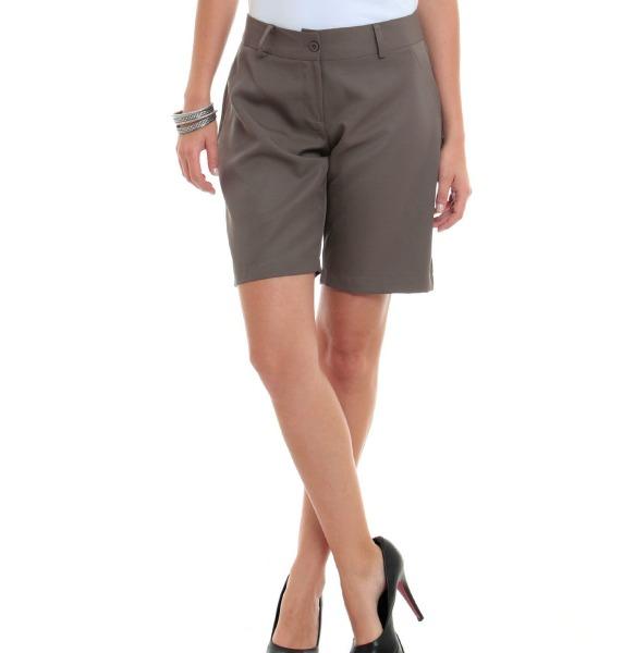 dc449f6543ab7 Moda  bermudas para mulheres maduras e ousadas