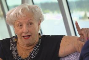 Ela fez de um navio sua casa e, aos 88, viaja pelo mundo inteiro