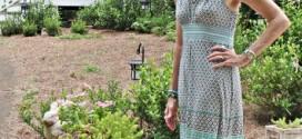 Blogueira de moda mostra seus trajes para desfilar no verão