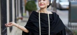 A elegância da ex-cantora de ópera octogenária Joyce Carpati