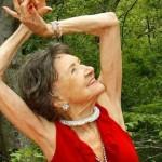 Täo Porchon-Lynch pratica ioga há 90 anos. Começou quando tinha apenas oito