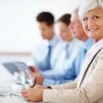 Pessoas com mais de 60 anos são experientes e podem contribuir muito num ambiente de trabalho