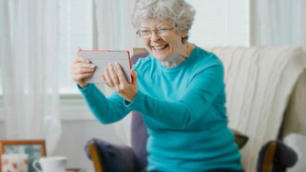 O mercado de tecnologia tem a dificuldade de entender as pessoas mais velhas