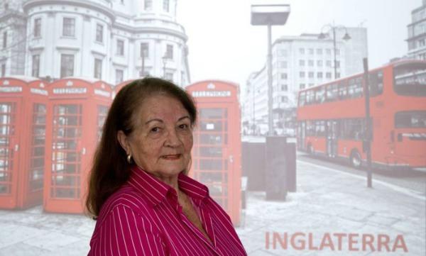 Maria Helena, de 73 anos, fez dois intercâmbios e planeja o terceiro também em Londres - Freelancer / Bia Guedes