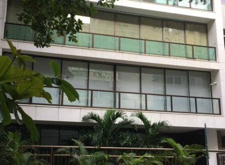 É neste prédio que Adriana Ancelmo cumpre sua prisão domiciliar