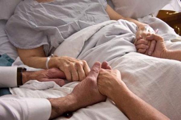 Em 2012, o Conselho Federal de Medicina (CFM) determinou que os médicos respeitem a vontade do paciente incapacitado de se manifestar, caso ele tenha se preocupado em deixá-la registrada previamente