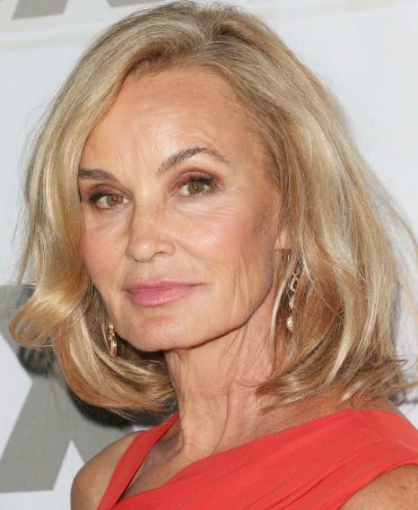 Bem no ombro o cabelo da atriz Jessica  Lange