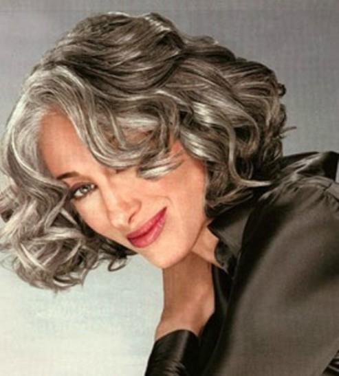 A modelo americana Susan Hersh com seus lindos cabelos