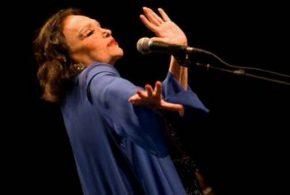 Saúde leva Bibi Ferreira a deixar a vida artística aos 96 anos