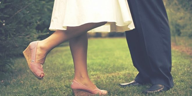 Namoro na terceira idade evita depressão e melhora a saúde