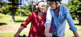 Cinco benefícios para a saúde na 3ª idade de pedalar de bicicleta