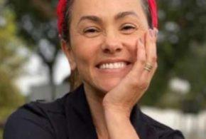 Suzana Alves: Parei de pintar o cabelo e passei a achá-lo bonito