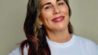 Foto de Apesar de protestos da família, Glória Pires fica grisalha aos 57