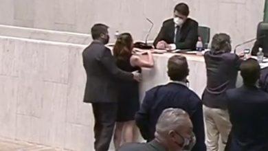 Foto de Deputada: A vida de uma mulher na política no Brasil é muito violenta